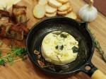 Brie gratinado com azeite e Ervas