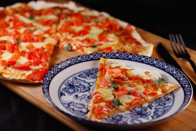 Massa de pizza de 3 ingredientes